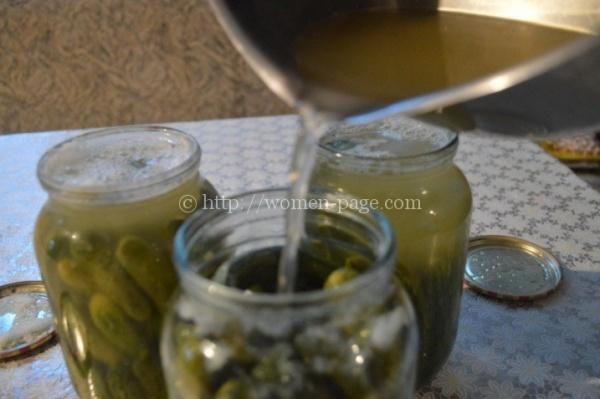 Как солить огурцы: простой рецепт